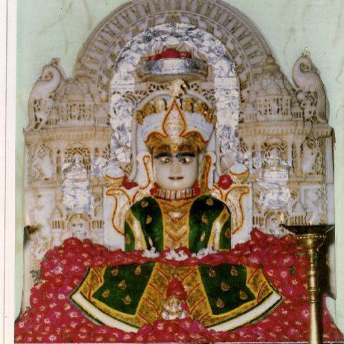 Shri Dharmanath Karnavati - Ahmedabad